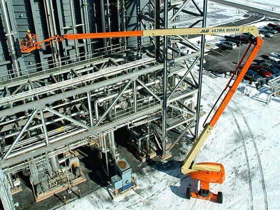 jlg 1250ajp at construction site