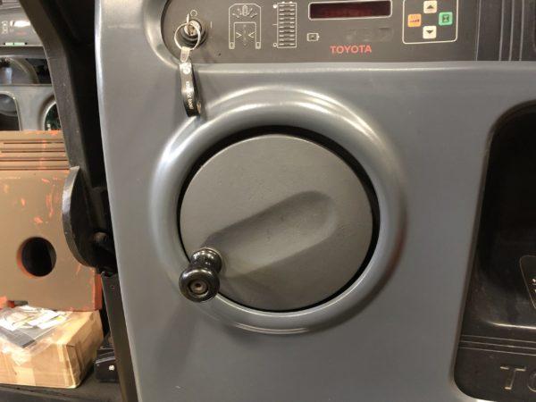 The steering wheel on an order picker